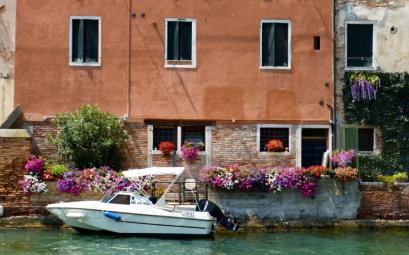 Venise, loin des touristes : Librairie Acqua Alta