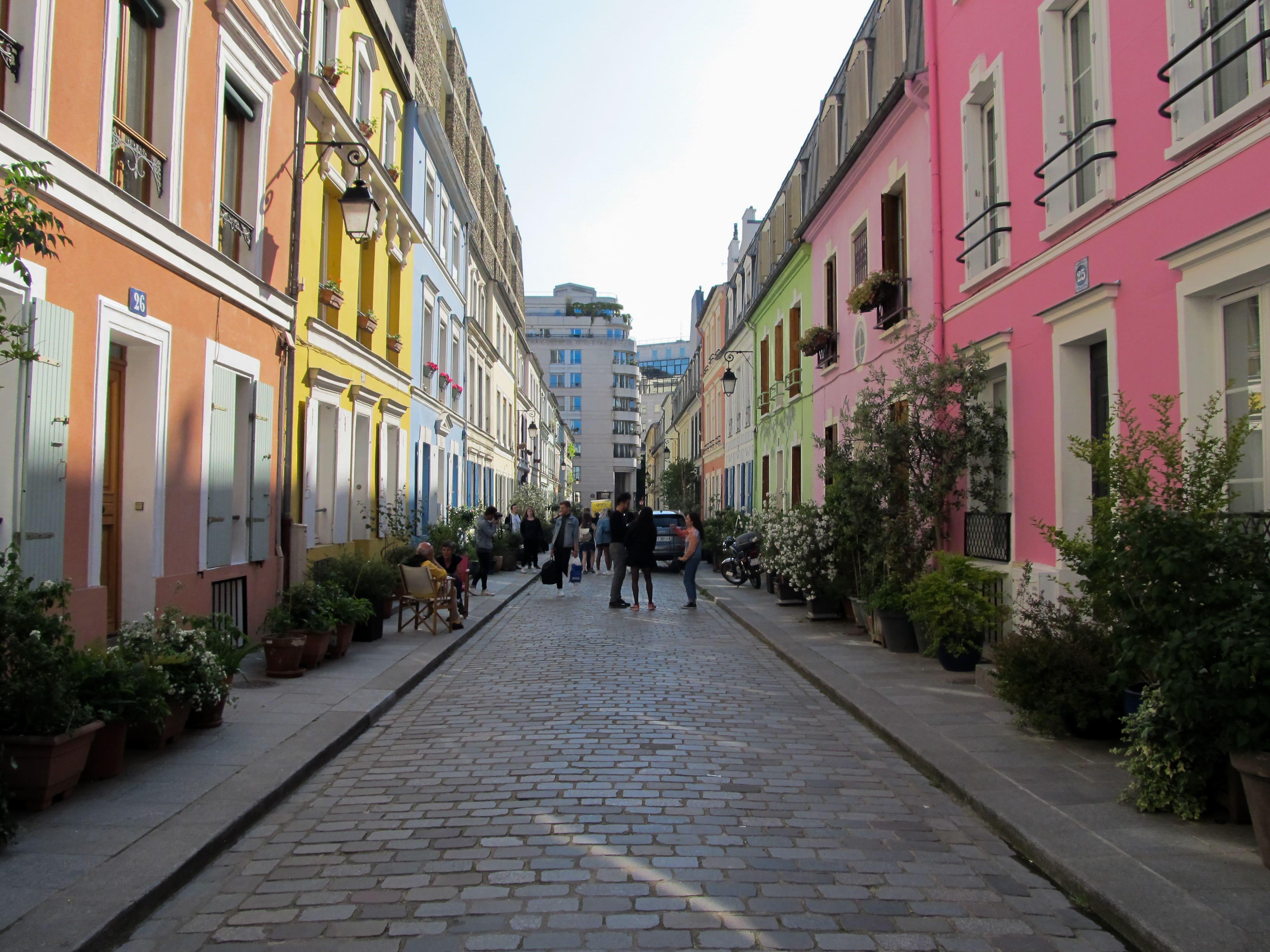 Photographies parisiennes : Cité florale x Rue Crémieux