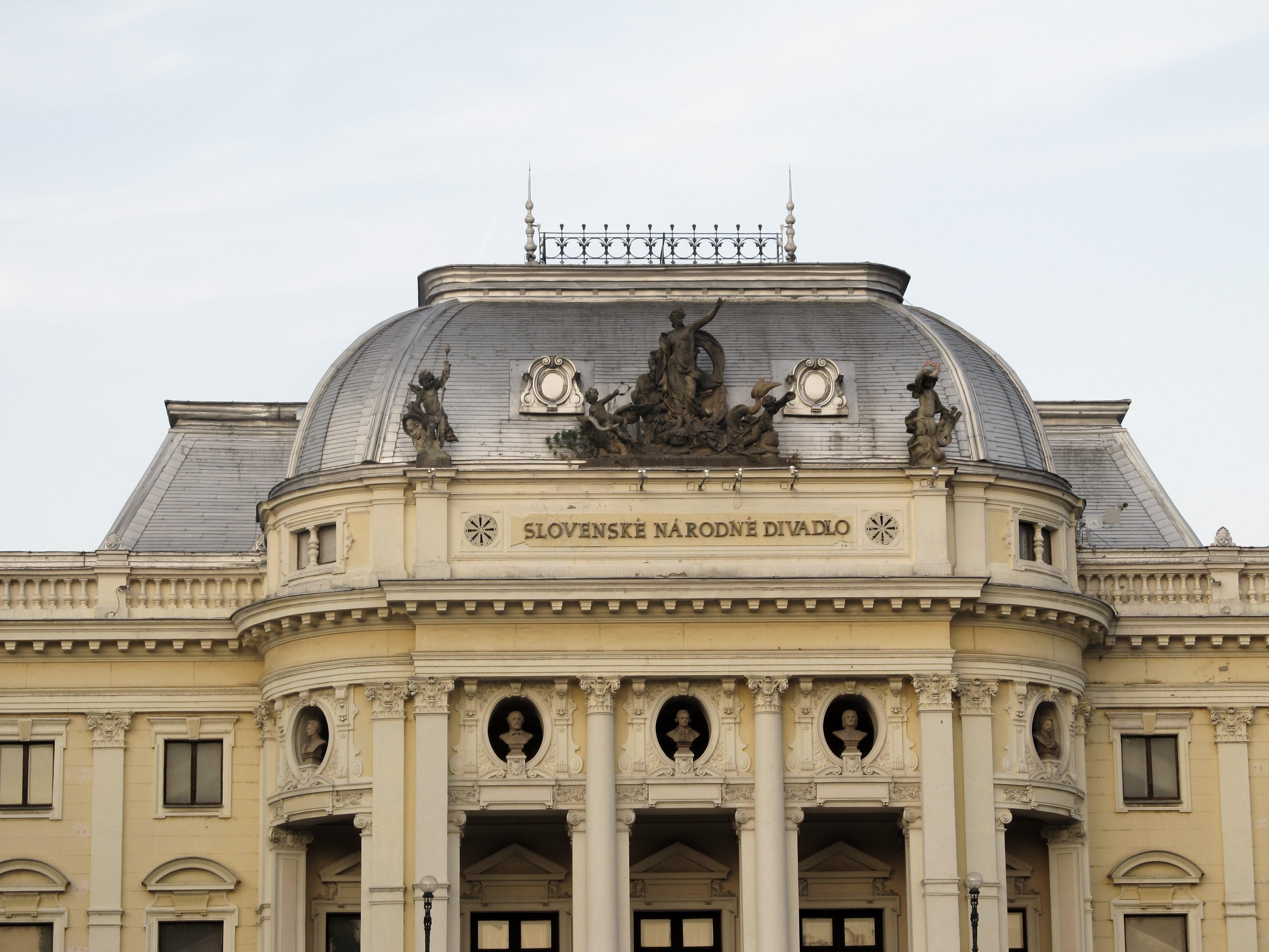 Découvrez mon programme pour visiter en une journée Bratislava, la pittoresque capitale slovaque.