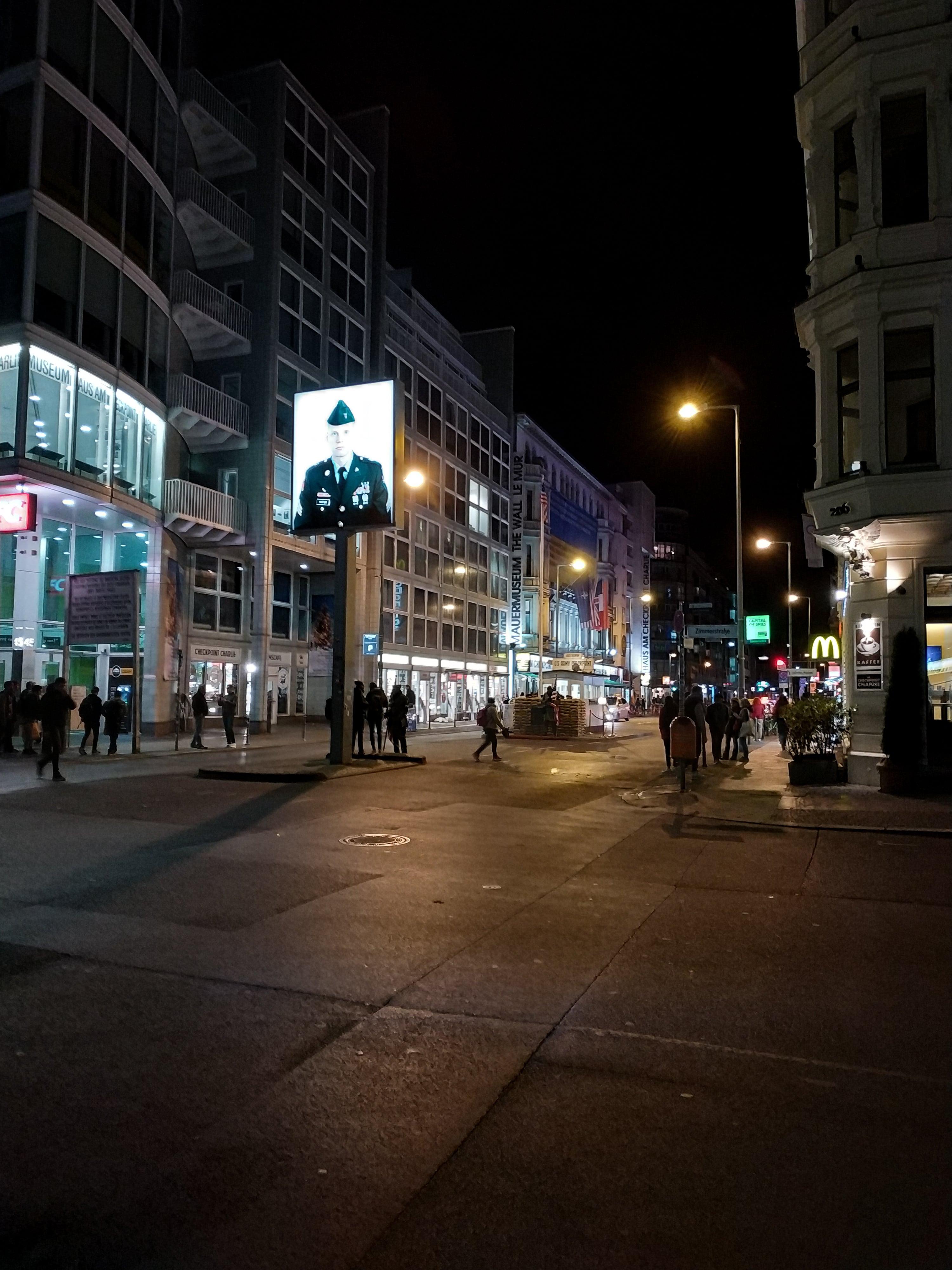 Checkpoint Charlie : En route pour Berlin avec un nouveau city-guide sur le blog Unterwegs.