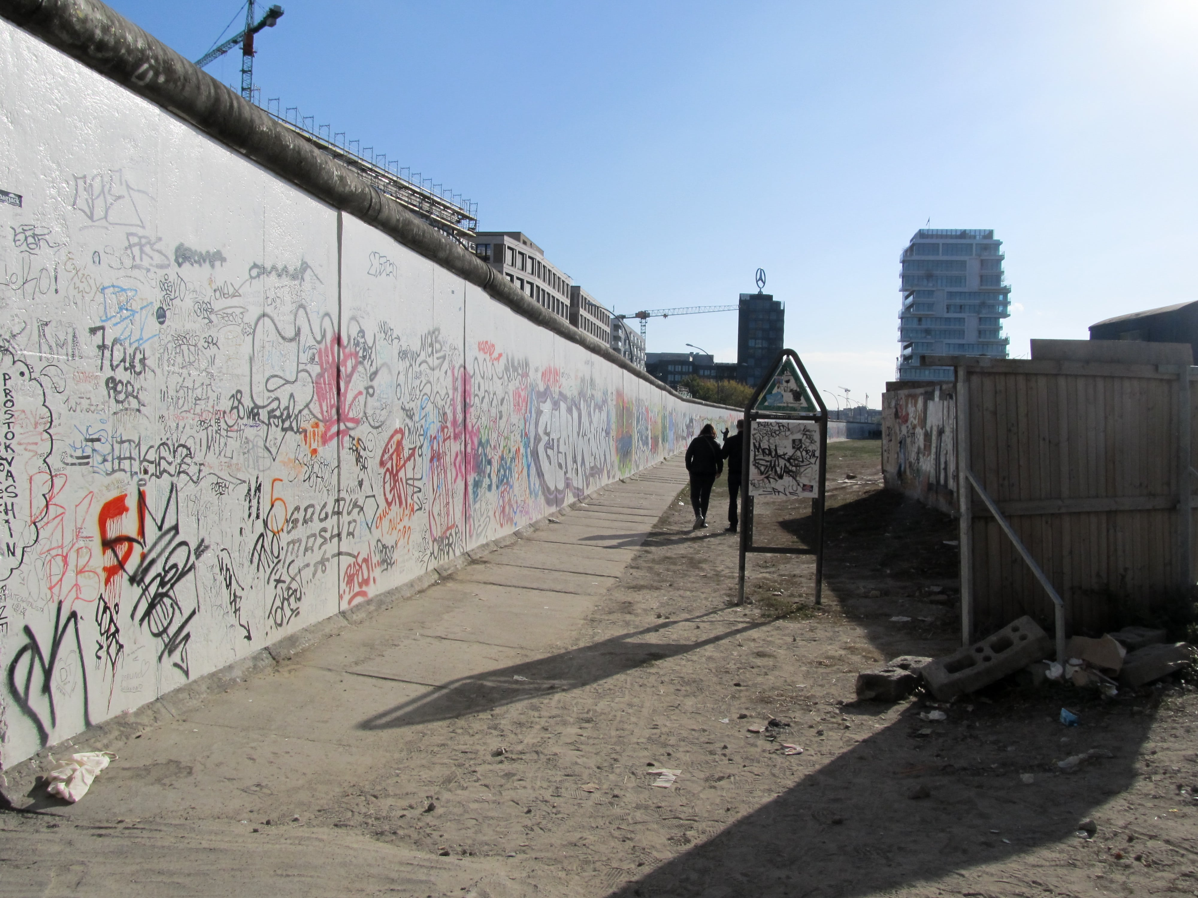 East Side Gallery : En route pour Berlin avec un nouveau city-guide sur le blog Unterwegs.