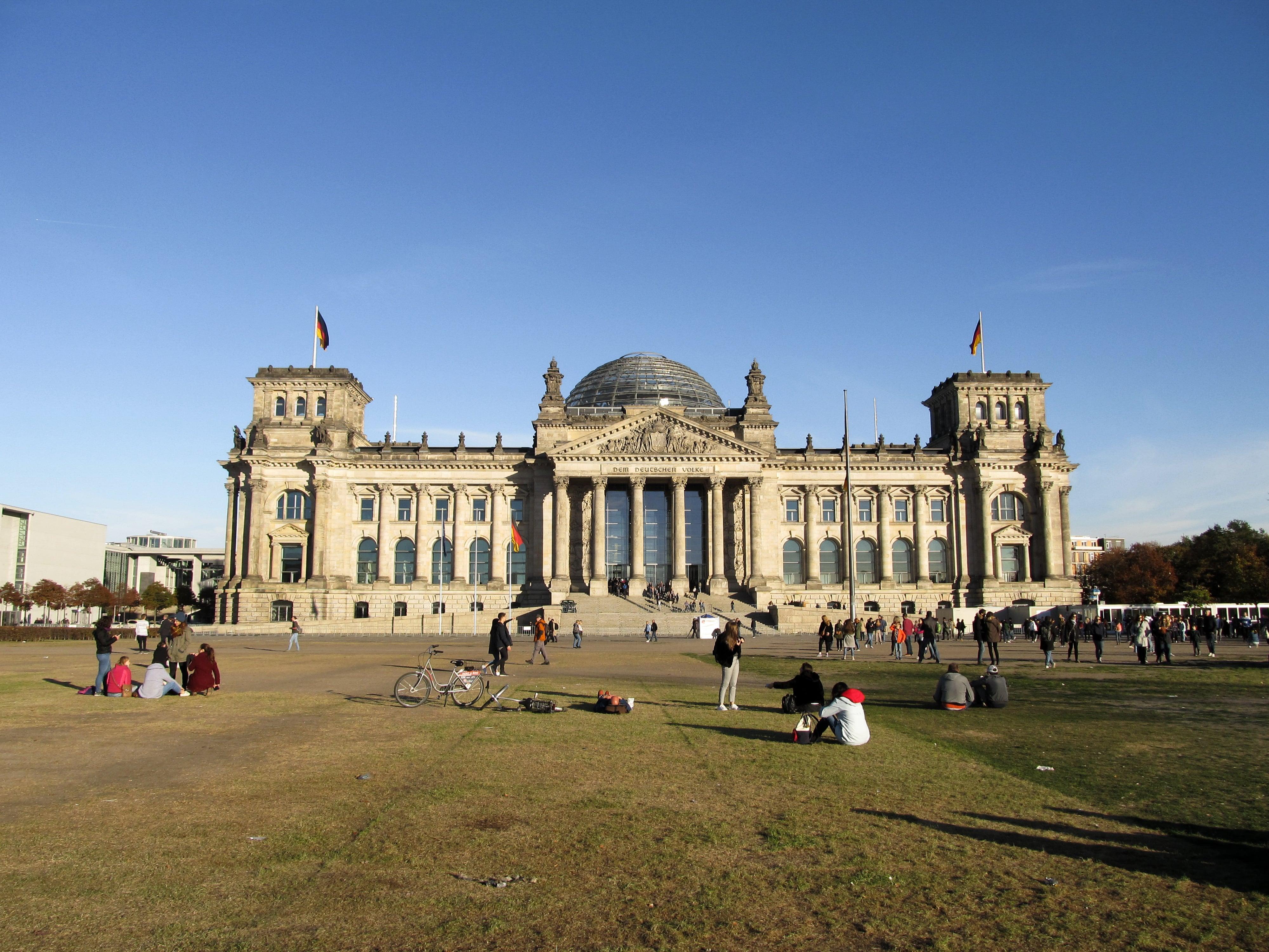 Reichstag : En route pour Berlin avec un nouveau city-guide sur le blog Unterwegs.