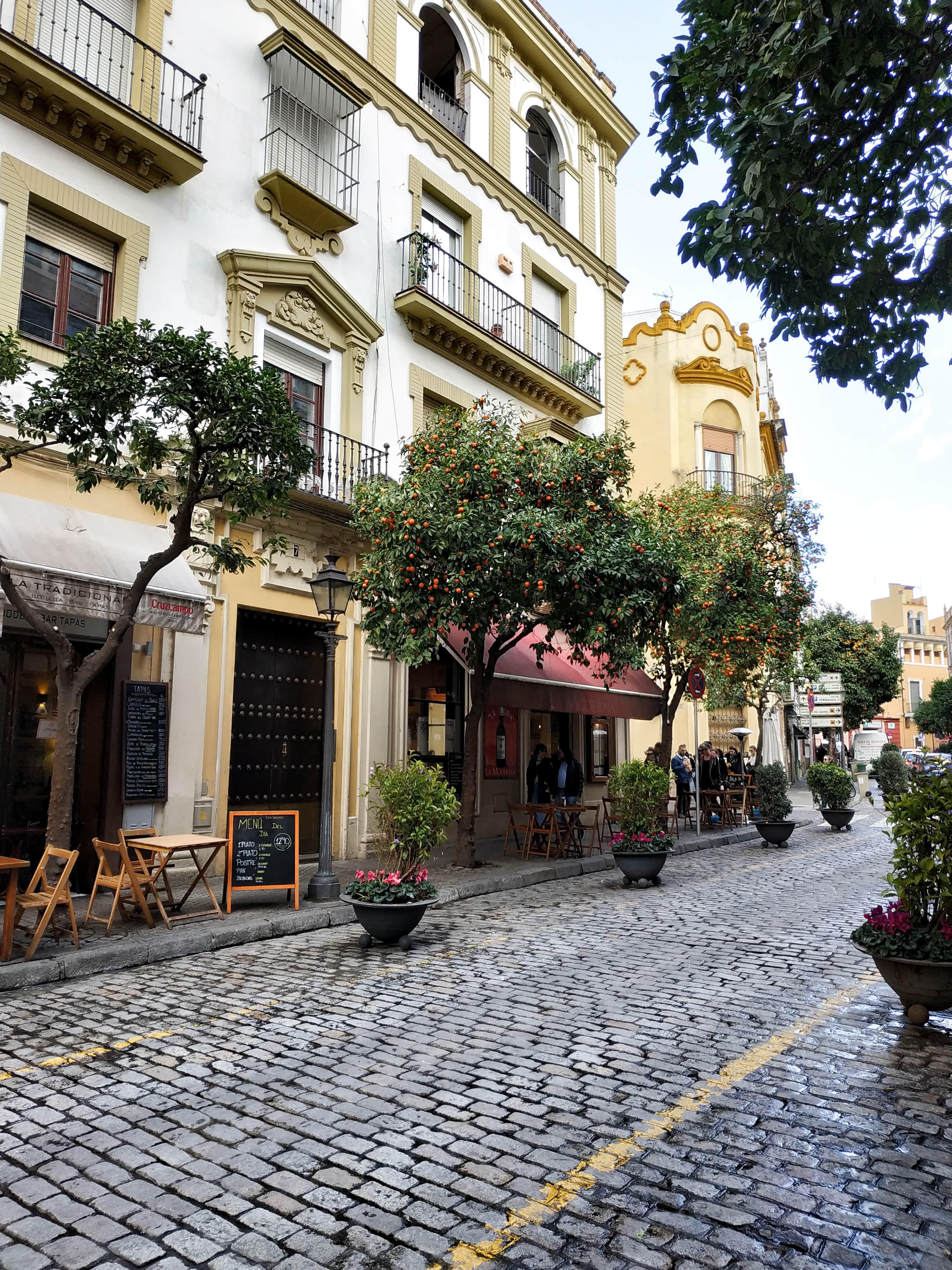 Santa Cruz : Retrouvez ici toutes les informations pour organiser votre long week-end à Séville, en Andalousie.