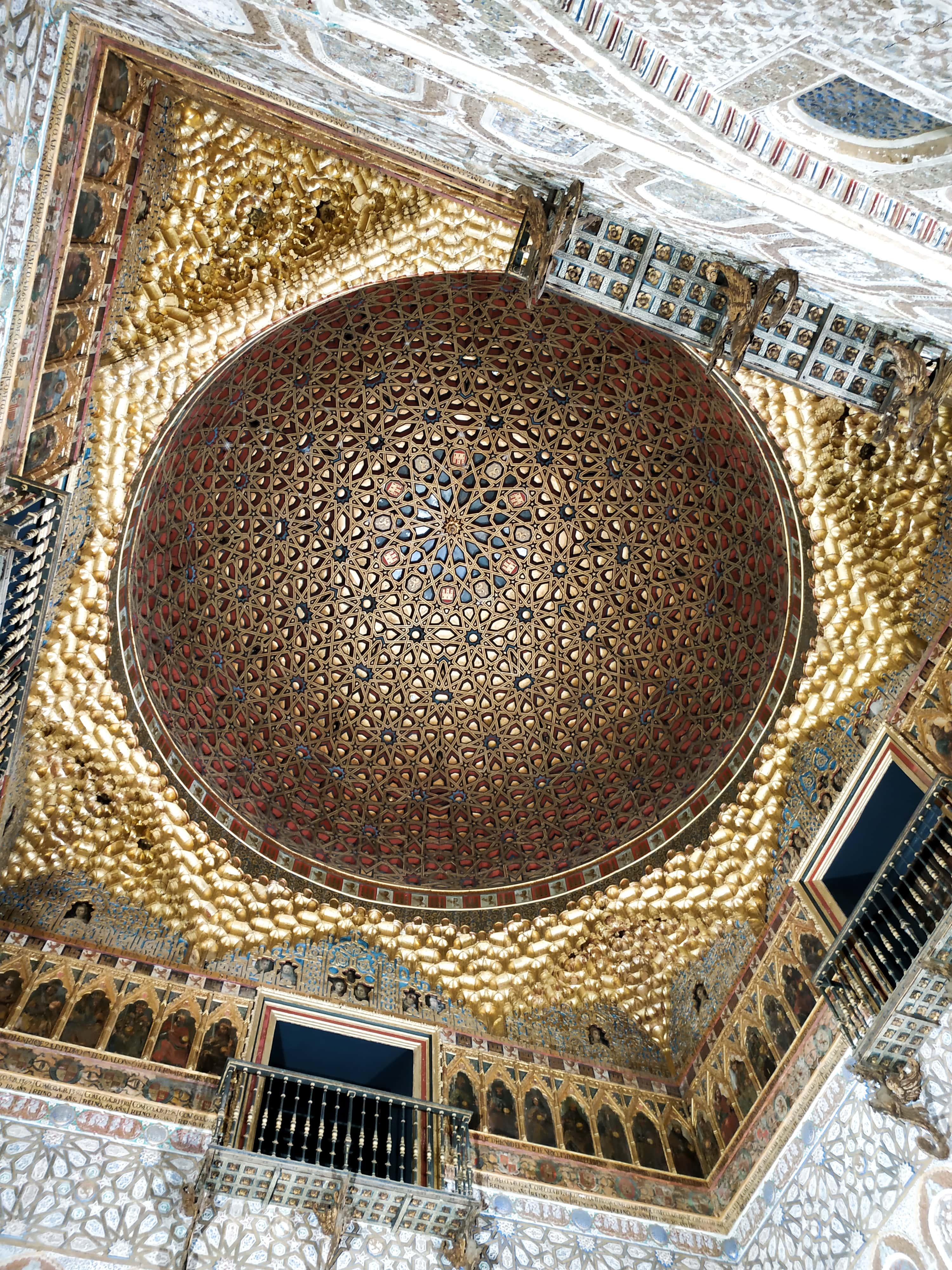 Palais de l'Alcazar : Retrouvez ici toutes les informations pour organiser votre long week-end à Séville, en Andalousie.