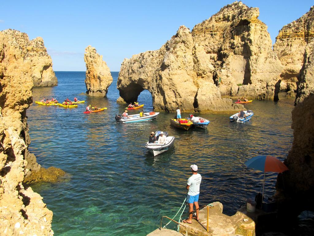Ponta da Piedade | Découvrez dans cet article les plus beaux endroits, notamment les plages et villages, de la côte sud de l'Algarve au Portugal.