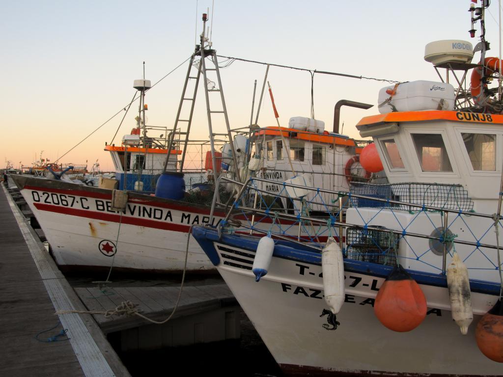 Port de Santa Luzia | Découvrez dans cet article les plus beaux endroits, notamment les plages et villages, de la côte sud de l'Algarve au Portugal.