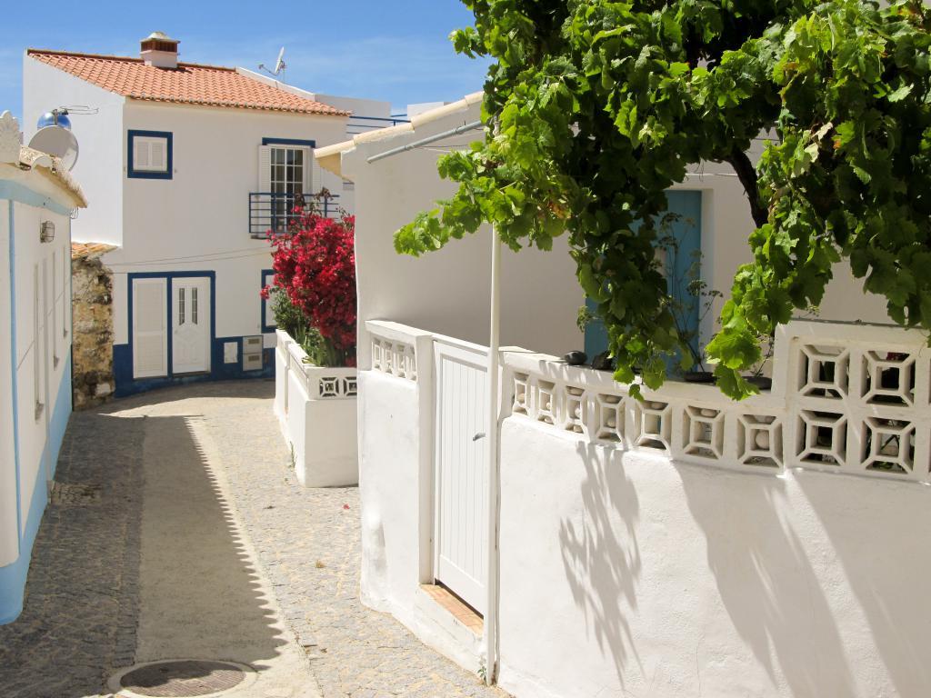 Carrapateira : Retrouvez dans cet article des conseils pour visiter la côte ouest de l'Algarve au Portugal, entre Sagres et Odeceixe.