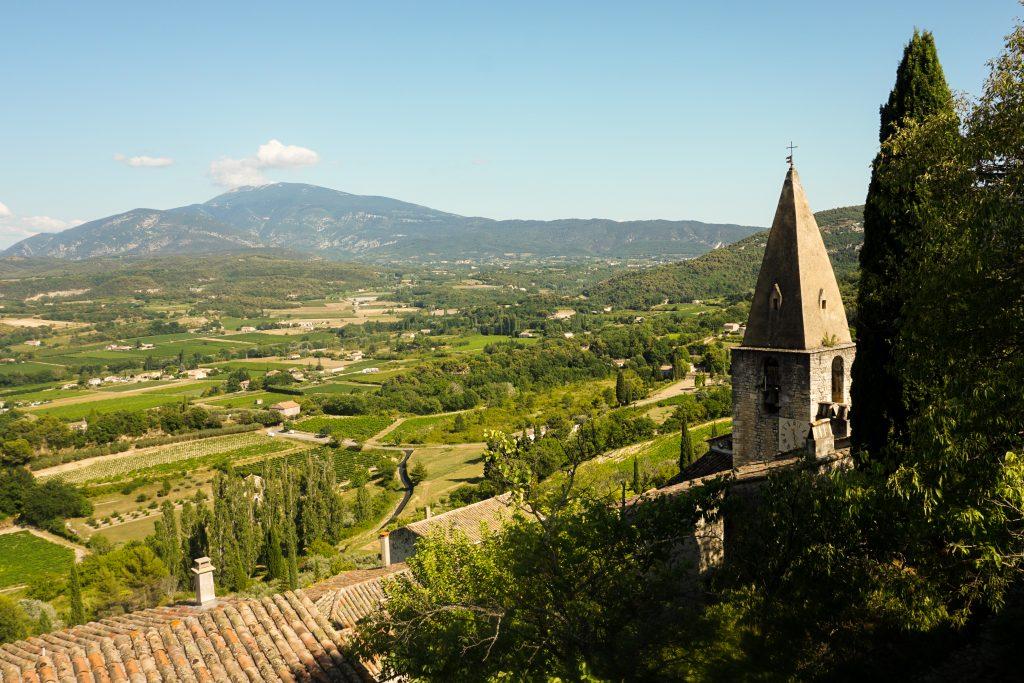 Que voir en Provence ? Visiter le village de Crestet