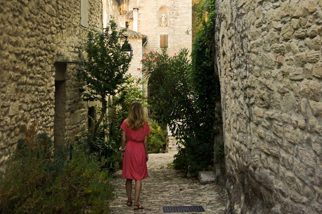 Visiter le village de Crestet en Provence
