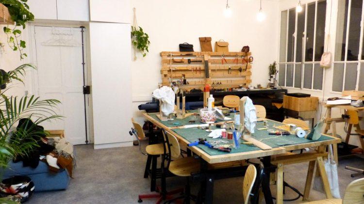 Atelier de La Patine où l'on crée son propre sac à main.