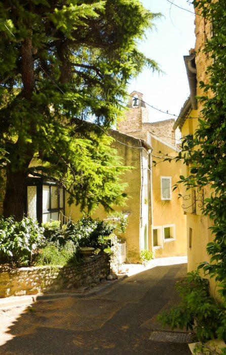 Villedieu | Que faire et que voir en Provence dans le Vaucluse ?